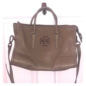 Auth. Tory Burch Crossbody - Taupe/Gray